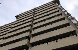 Facciata Edificio Multipiano Con Balconi