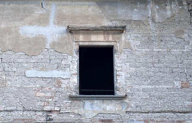 Nuova apertura tra pareti antistanti non finestrate tra ...